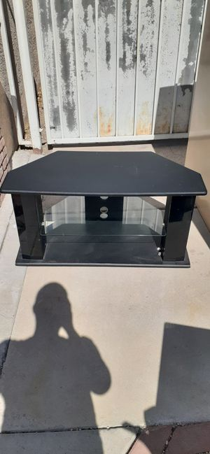 Glass tv stand!!! for Sale in Las Vegas, NV