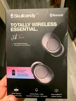 Skullcandy Bluetooth earbuds for Sale in Edmond,  OK