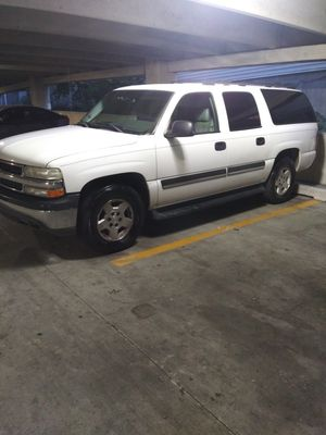 05 Chevy Suburban for Sale in Columbia, MD