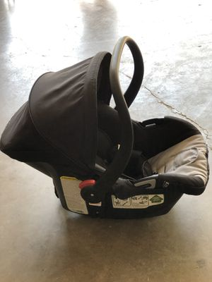 Car seat sin base por 20 for Sale in Mesquite, TX