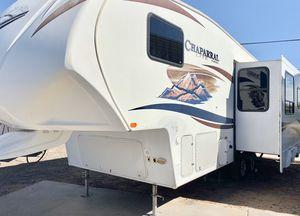 2012 Coachmen Chaparral 29ft 5th wheel travel trailer for Sale in Mesa, AZ