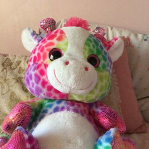 Rainbow Giraffe Plushy for Sale in Carol Stream, IL