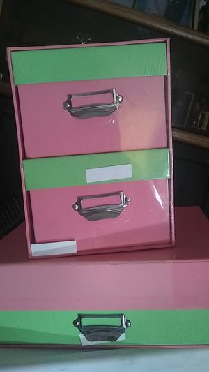 $6! Both 2 medium two tone pink boxes good for swords for kids on the dresser or the vanity plenty of room for pencils pens paper for Sale in Orange, CA