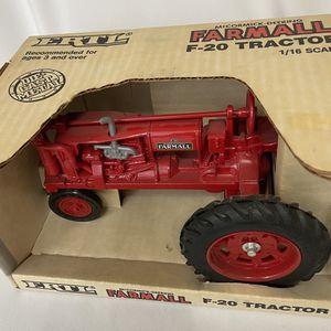 ERTL FARMALL F-20 tractor for Sale in Spokane, WA