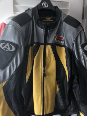 Suzuki motorcycle jacket like new for Sale in Yonkers, NY