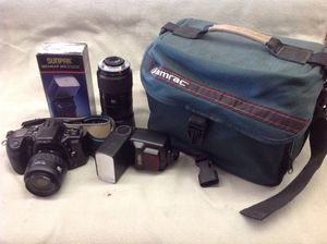 PRICE IS FIRM - Minolta maxxum 400si 35mm slr camera outfit for Sale in Columbus, OH