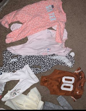 6 month old clothes ! for Sale in Dallas, TX