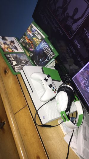 Xbox One S bundle for Sale in St. Louis, MO