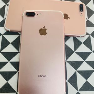 iPhone 7 Plus (32 GB) Desbloqueado Con Garantià for Sale in Somerville, MA