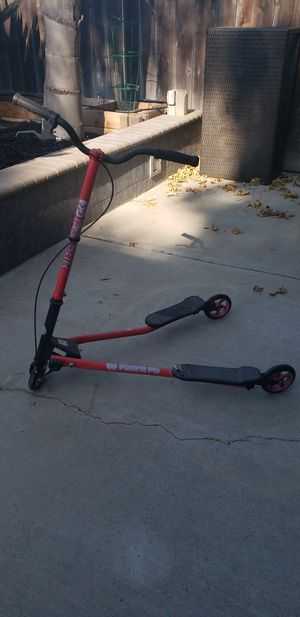 Y flicker for Sale in Ripon, CA