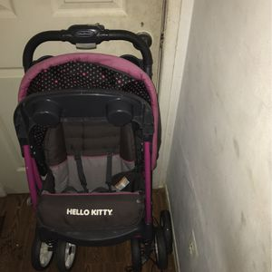 Hello Kitty Stroller for Sale in Woodbridge, VA