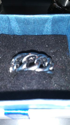 Chain style stainless steel ring for Sale in Cañon City, CO