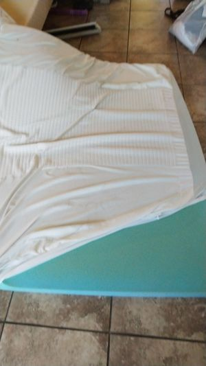 Thick foam mattress topper for Sale in Phoenix, AZ