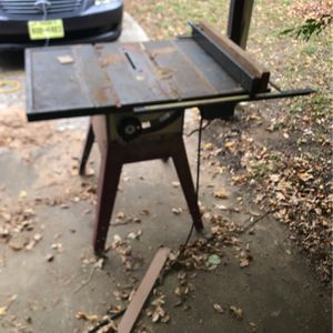 Older Craftsman Table Saw for Sale in Fort Worth, TX
