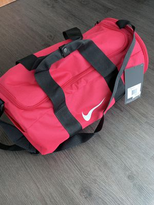 NIKE Duffle BAG for Sale in Los Angeles, CA