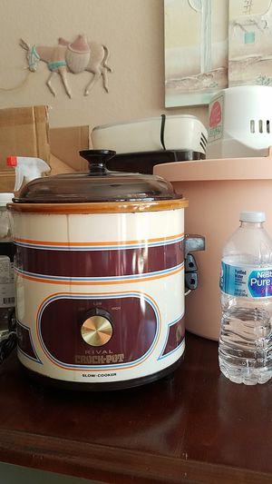Crock Pot for Sale in Adelanto, CA