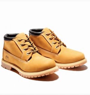 Timberland- WOMEN'S NELLIE WATERPROOF CHUKKA BOOTS for Sale in Lexington, KY