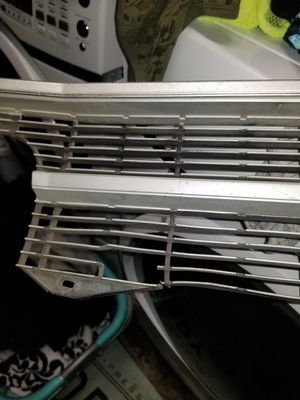 Free 1969 chevelle grill. It is damaged see pic. for Sale in Gresham, OR