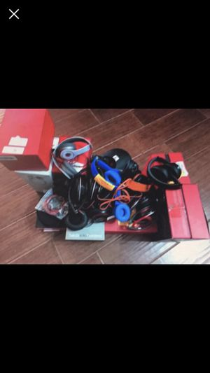 Beats by Dr Dre Studio Solo Powerbeats Headphone Wholesale Lot for Sale in Pflugerville, TX