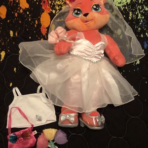 Build A Bear Workshop Wedding Bear & Accessories for Sale in Carrollton, TX
