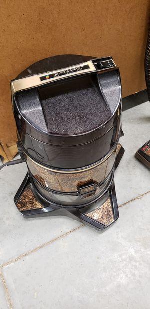 Rainbow SE Vacuum Cleaner for Sale in Richmond, VA