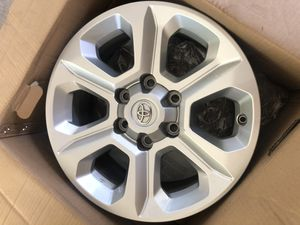 2019 Four Runner Chrome Wheels (4) for Sale in Clearwater, FL