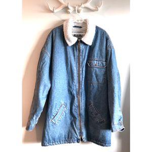 Levi's Jacket Vintage Sherpa Lined Denim Trucker Coat Unisex XL 80's-90's for Sale in Portland, OR