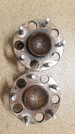 Acura oem tsx wheel hub bearing for parts for Sale in Pembroke Pines, FL