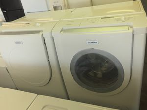 FRONTLOAD WASHER & DRYER SET W/PEDESTALS WORKS GREAT CLEAN for Sale in Fort Washington, MD