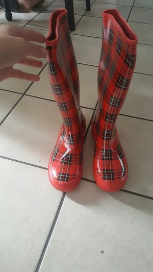 Raining boots for Sale in Kent, WA