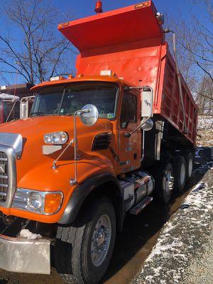Dump truck for Sale in Springfield, VA