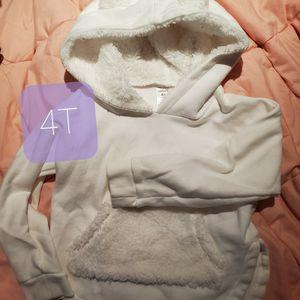 Unicorn Sweatshirt 4T White for Sale in Dinuba, CA