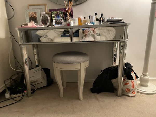 Mirrored Vanity And Stool