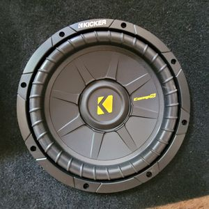 "Kicker comp S 10"" with low and high Amplifiers and raidio for Sale in Visalia, CA"