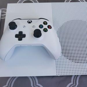 Xbox One S <>1TB for Sale in Everett, WA