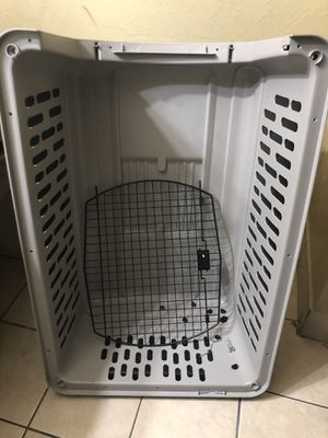 Animal cage for Sale in College Park, GA