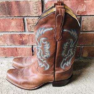 Women's Nocona Boots Size 9 1/2 B for Sale in Austin, TX