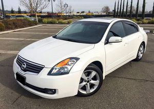 2007 nissan altima Car is in Excellent Condition for Sale in Pittsburgh, PA