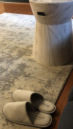 Faux Marble End Table for Sale in Centreville,  VA