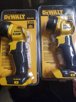 Dewalt DCLO40 WORK LIGHT for Sale in Middle River, MD
