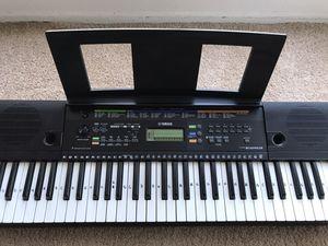 Yamaha keyboard for Sale in Marina del Rey, CA