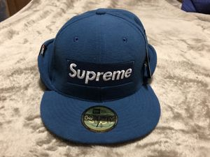 Supreme x New Era 59Fifty Polartec Fitted Hat size 7 1/2 for Sale in NO POTOMAC, MD