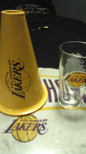 Championship 2001 Laker cup with cone for Sale in South Gate, CA