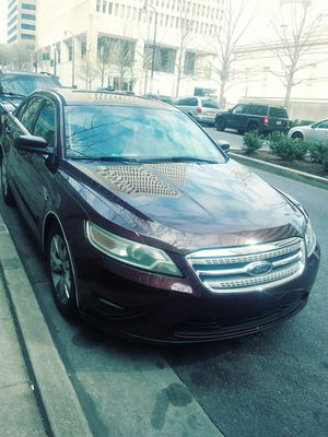 2010 ford taurus sel 130xxx miles for Sale in Nashville, TN