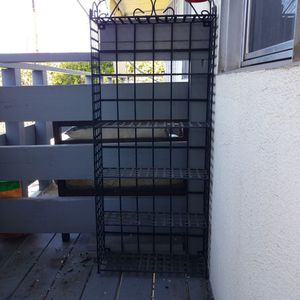 Black Metal Bakers Rack / Plant Stand for Sale in Los Angeles, CA