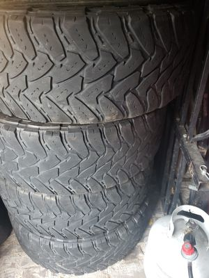Toyo tires mt 295/60/20 for Sale in Cypress, TX