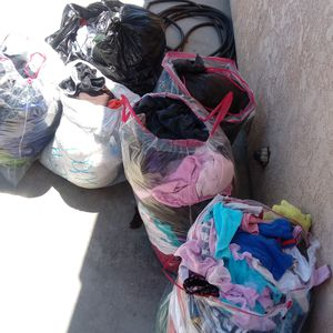Free clothes for Sale in Hesperia, CA