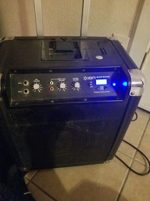 Am/fm radio speaker for Sale in Colton, CA