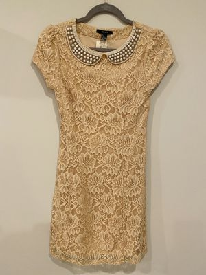 NWT Forever 21 pink floral lace tight dress for Sale in Silver Spring, MD