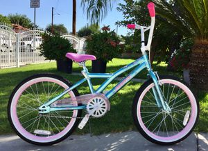 "Huffy Too Fab 20"" Kids' Bike - Metallic Blue/Pink for Sale in Azusa, CA"